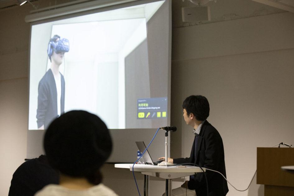 VRについて語る濱田氏