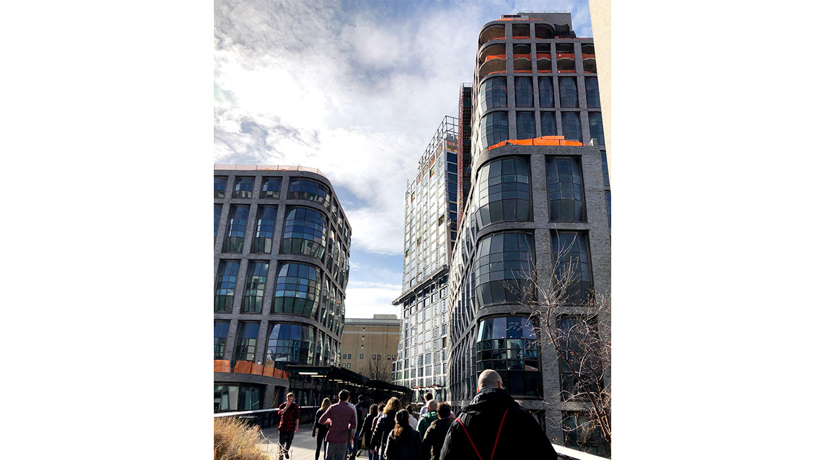 Diller Scofidio + Renfroは、アップウェストサイドの線路を公園に改築した「Hight-Line」や、ハドソンヤード横にある屋根が動く建築物「The SHED」を設計した有名設計事務所